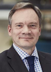 Dr Richard Savage
